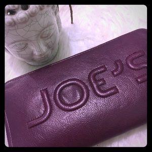 Joe's wallet